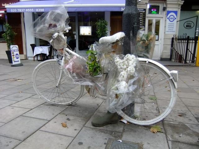 Deep Lee's ghost bike